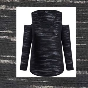 City Chic cold shoulder long sleeved knit XS / 14